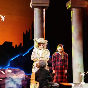 Mary-poppins-theatre-stage-2