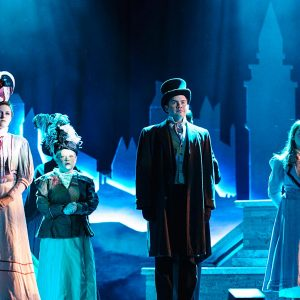 Mary-poppins-theatre-stage-3