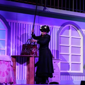 Mary-poppins-theatre-stage-4